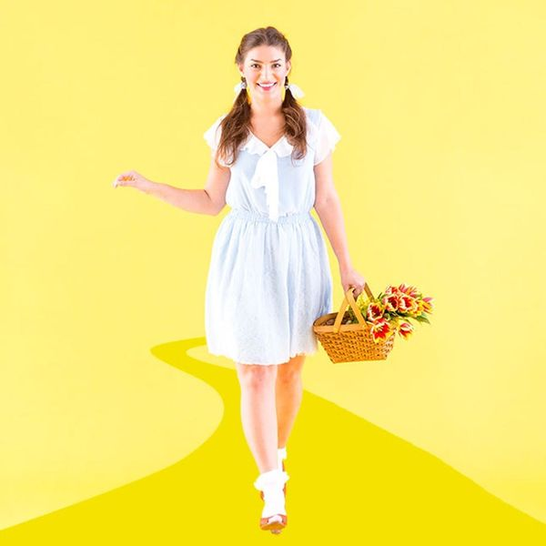 Journey Down the Yellow Brick Road With This DIY Dorothy Costume