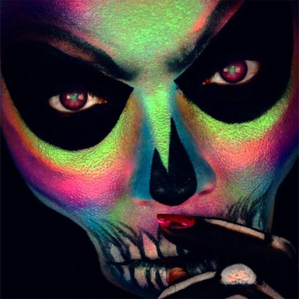 Hack This Holographic Skull Halloween Makeup in 6 Easy Steps