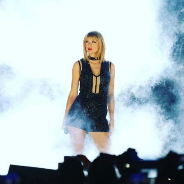 OMG: Taylor Swift Performed Ex Calvin Harris's Chart-Topping Hit at Last Night's Concert
