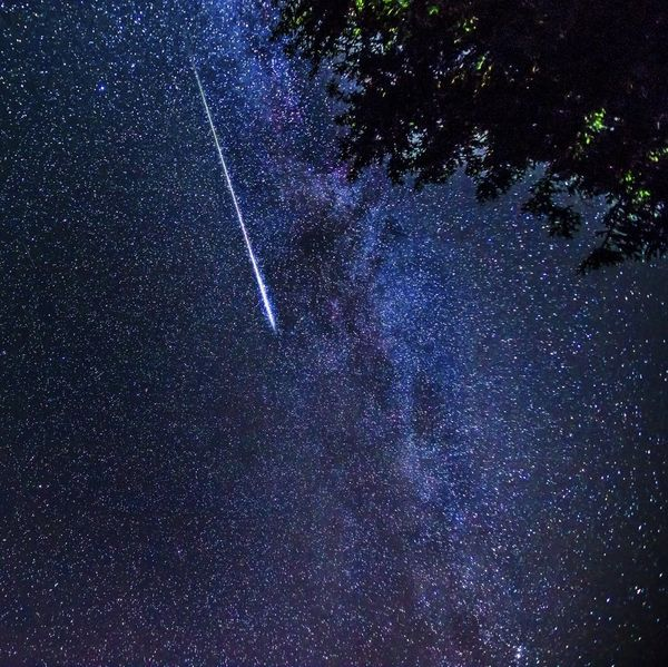 Find Out the Best Time to See the Orionid Meteor Shower Magic
