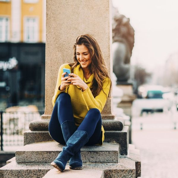 5 Cute Ways to Make the First Move On Dating Apps