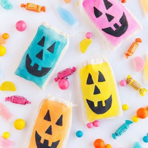 26 DIY Trick-or-Treat Bags That'll Win Halloween