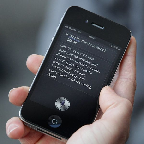 Siri Is Losing the Battle of the Virtual Assistants