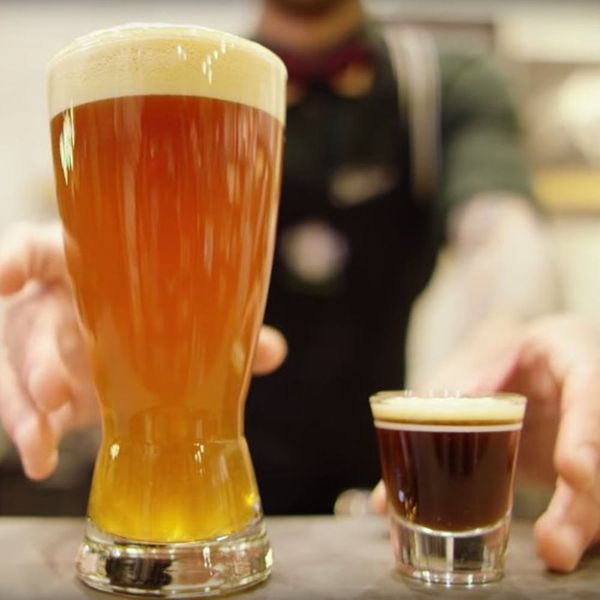 You Can Now Order BEER at Starbucks