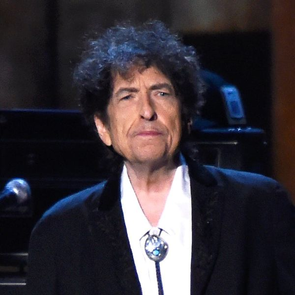 Bob Dylan Just Won the 2016 Nobel Prize in Literature and Folks Are FURIOUS!