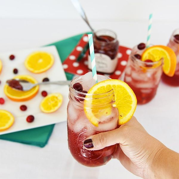 Jam and Booze Finally Meet in This Bubbly Cranberry Zinger Jam Jar Cocktail