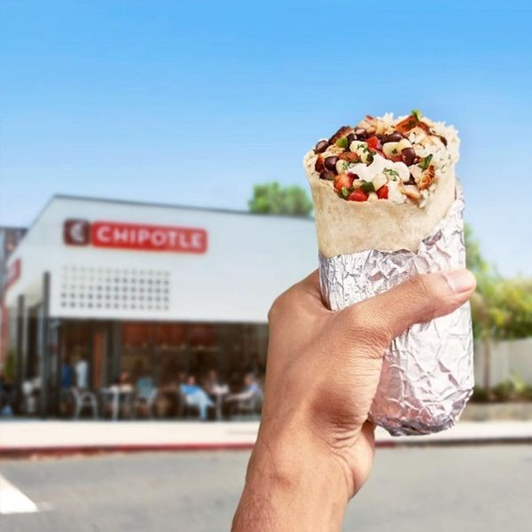 Here's How to Get FREE Chipotle Burritos Right Now