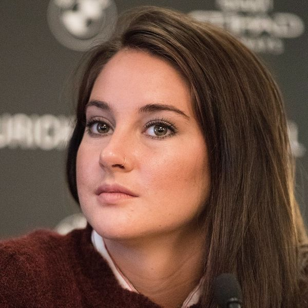 Actress Shailene Woodley Was Just Arrested on Facebook Live
