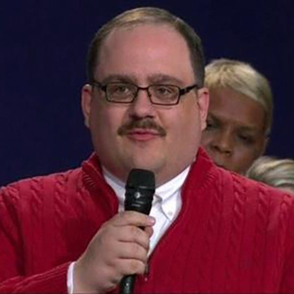 Kenneth Bone's Sweater Is the Topical Costume of Halloween 2016