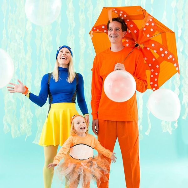 DIY This Finding Dory Family Costume for an Unforgettable Halloween