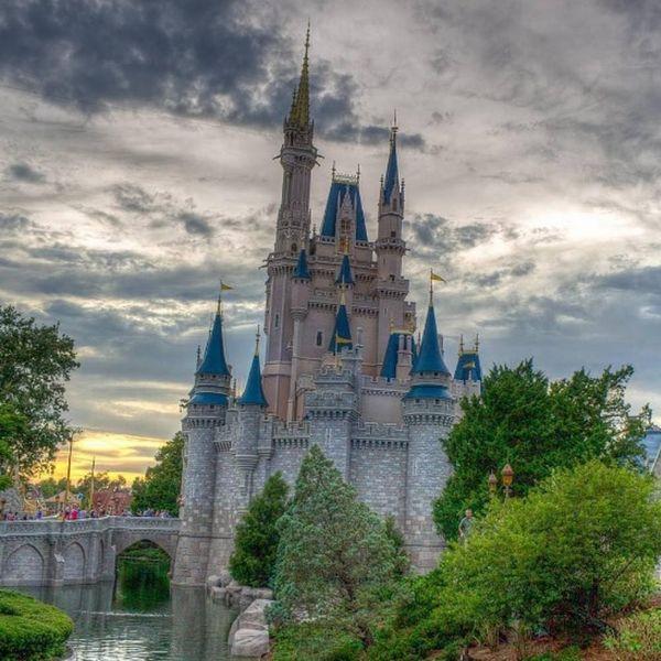 Whoa! Disney World Just Closed Because of Hurricane Matthew