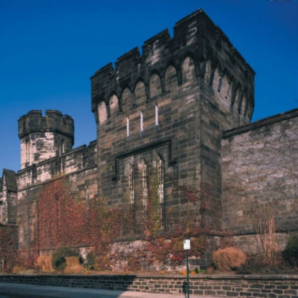 10 Totally Terrifying Haunted US Spots to Visit in October