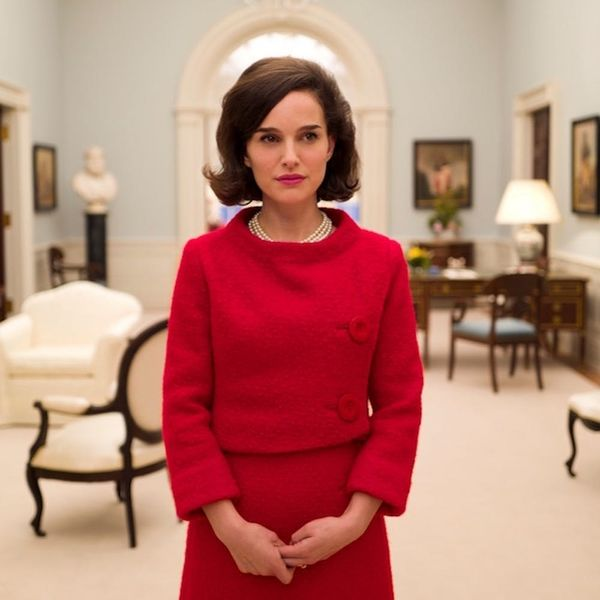 Morning Buzz! The First Jackie Trailer Is Here and Natalie Portman's Jackie Kennedy Will Give You Chills + More