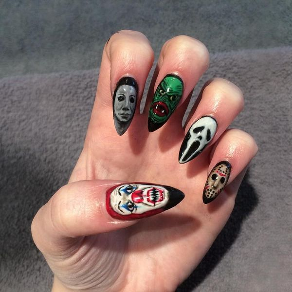 15 Over the Top Halloween Nail Designs for Die-Hard Halloween Fans