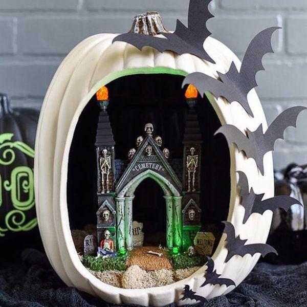 18 Pumpkin Dioramas That Will *Slay* Your Halloween Decor