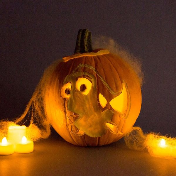 Make These Finding Dory Jack-O-Lanterns for Halloween