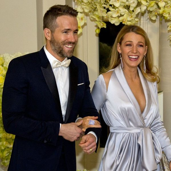 7 Funny AF Tweets About the Arrival of Blake Lively and Ryan Reynolds' Baby