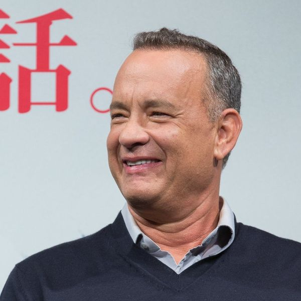 Tom Hanks Crashing a Wedding Photo Shoot Is the Sweetest Thing Ever