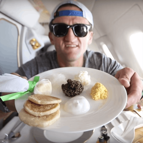 Your Jaw Will Drop at This Guy's Free $21,000 1st Class Upgrade on Emirates