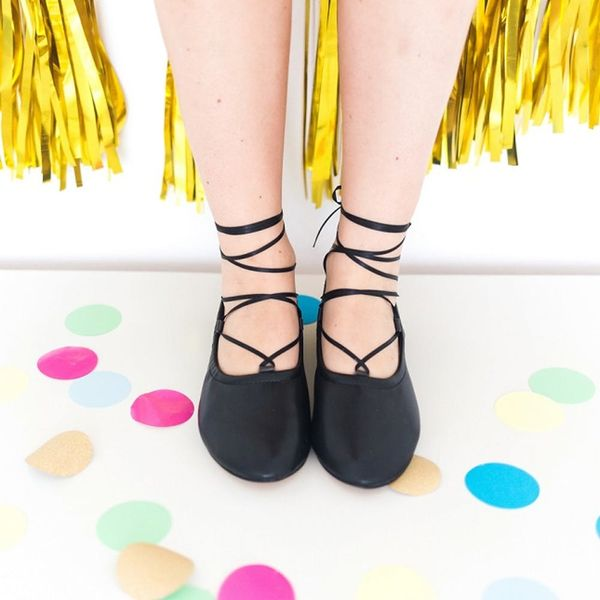 Update Your Summer Shoes for Fall With This Ballet Flats Hack