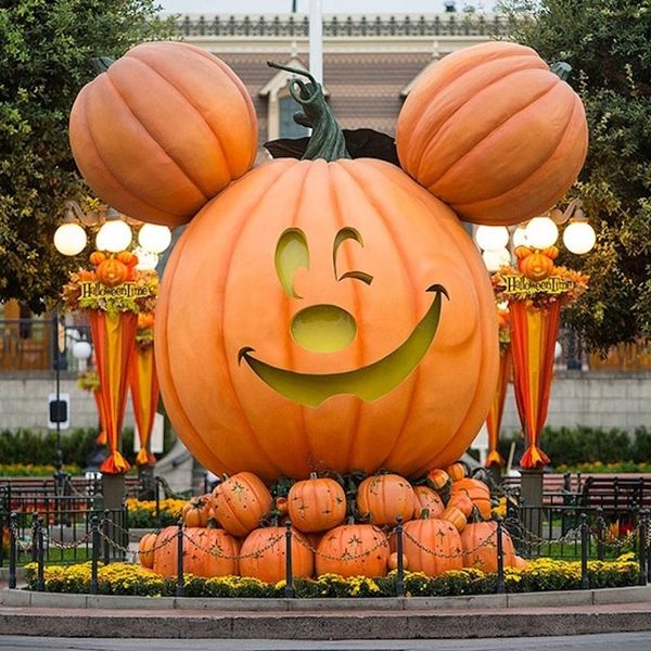 7 Reasons Disneyland's Mickey's Halloween Party Is a Total MUST