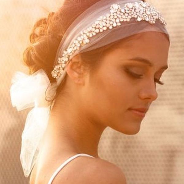 The Top Stores on Etsy to Find the Bridal Hair Accessories of Your Dreams