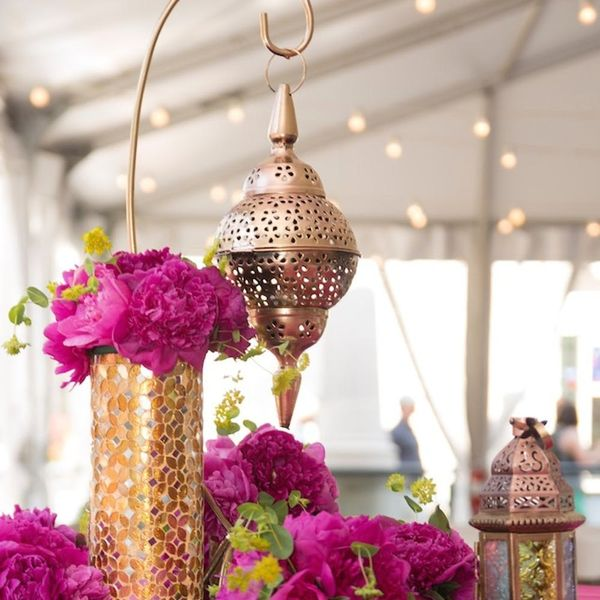 18 Dazzling Ways to Light Up Your Fall Wedding With Lanterns