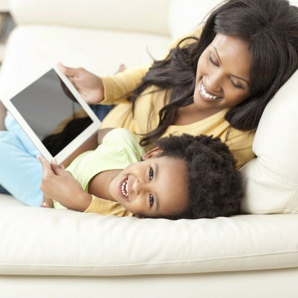 5 Tips for Starting Young Kids Out on Social Media