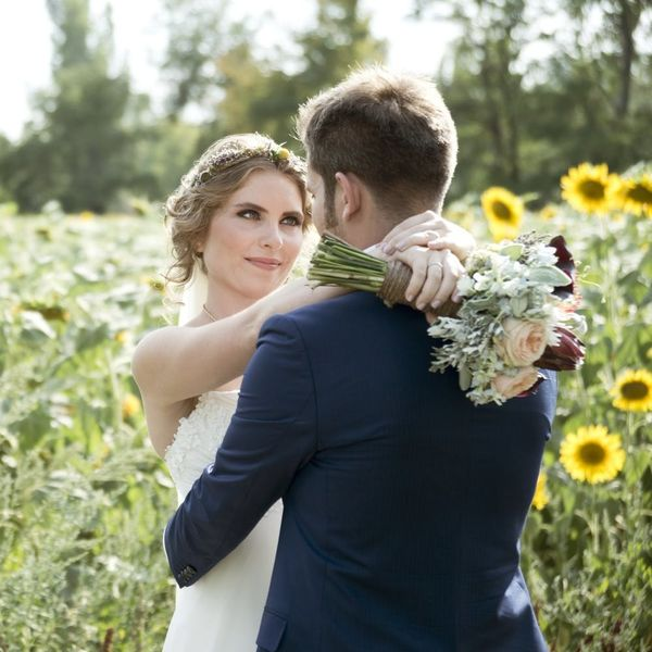 Just Got Engaged? Here Are the First 11 Things to Do