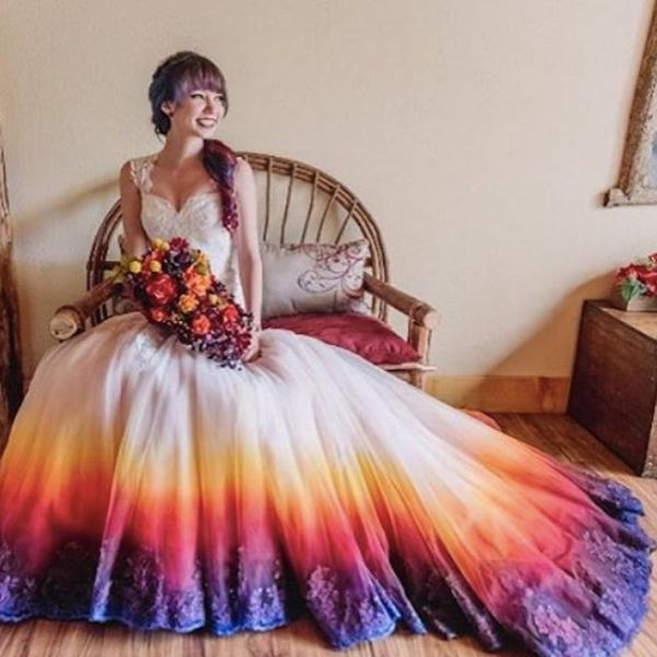 Dip-Dyed Wedding Dresses Are Our New Bridal Style Obsession