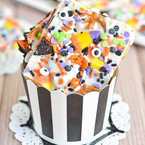 16 Sweet and Scary DIY Halloween Candy Recipes