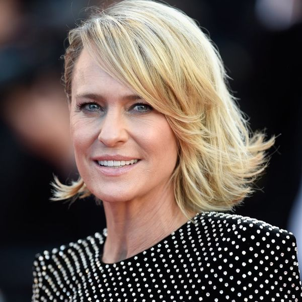 Here's Why Robin Wright Isn't Offended by Fashion Questions on the Red Carpet