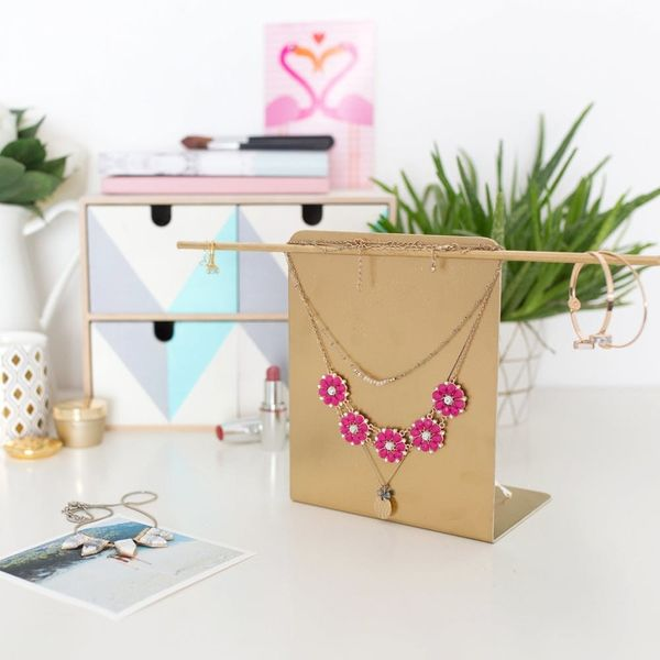 Follow 3 Easy Steps and Make This Anthro-Inspired Jewelry Stand