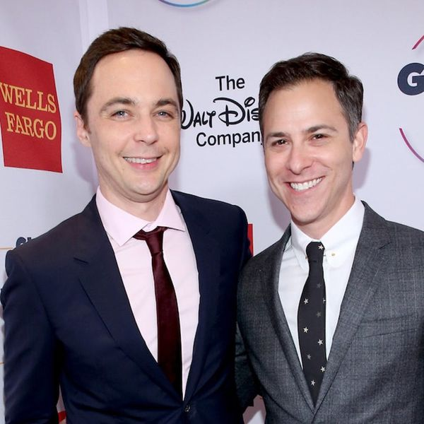 Morning Buzz! Big Bang Theory's Jim Parsons Is a Newlywed + More