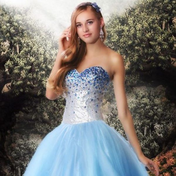 Make Your Prom Night Enchanting With These Disney Princess-Themed Gowns