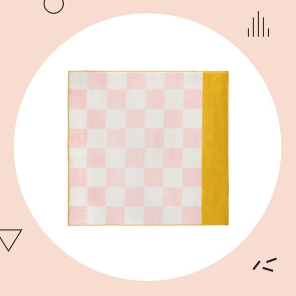 20 Millennial Pink Decor Must-Haves for Spring