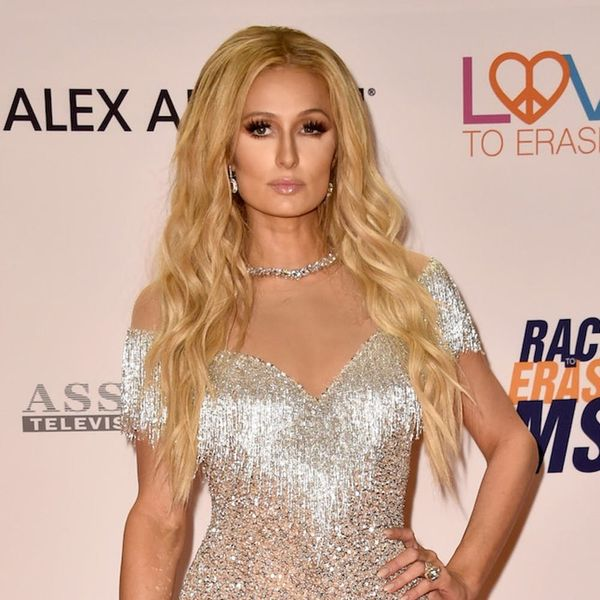 How to Master Early Aughts Fashion Trends, According to Paris Hilton
