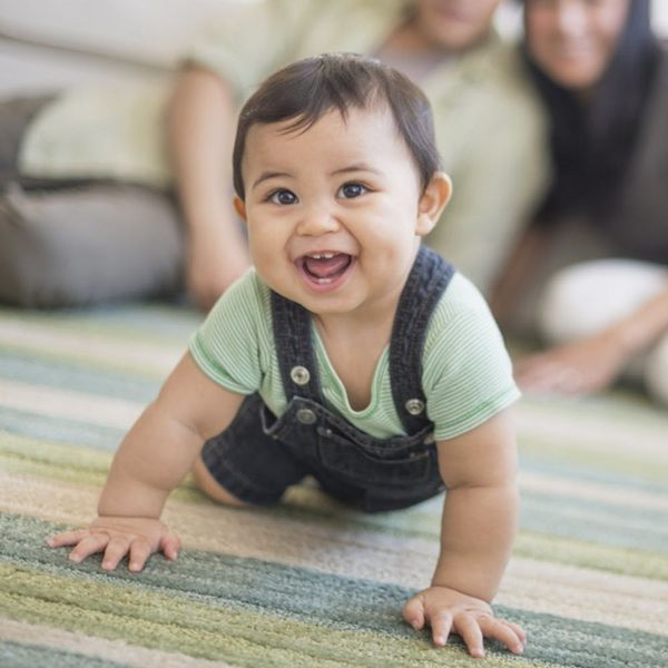 5 Reasons to Consider Gender-Neutral Baby Clothes