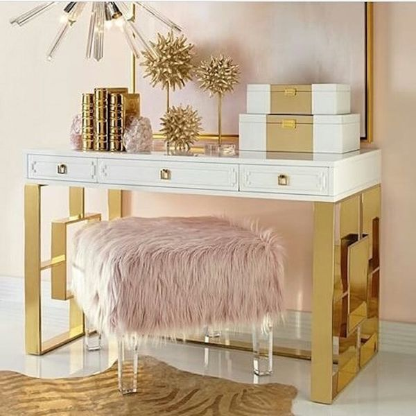 21 Makeup Vanities That Are Total Goals