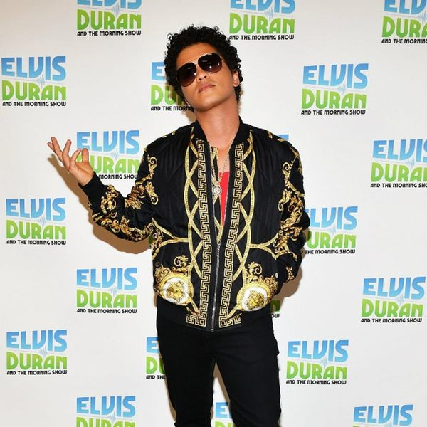 Morning Buzz! Bruno Mars Is Bragging About His Hits + More!