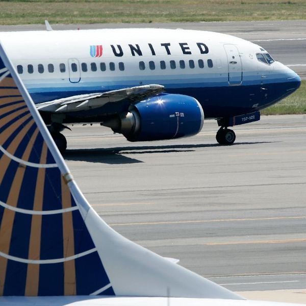 United Just Reached a Shocking Settlement With the Man They Dragged from a Plane