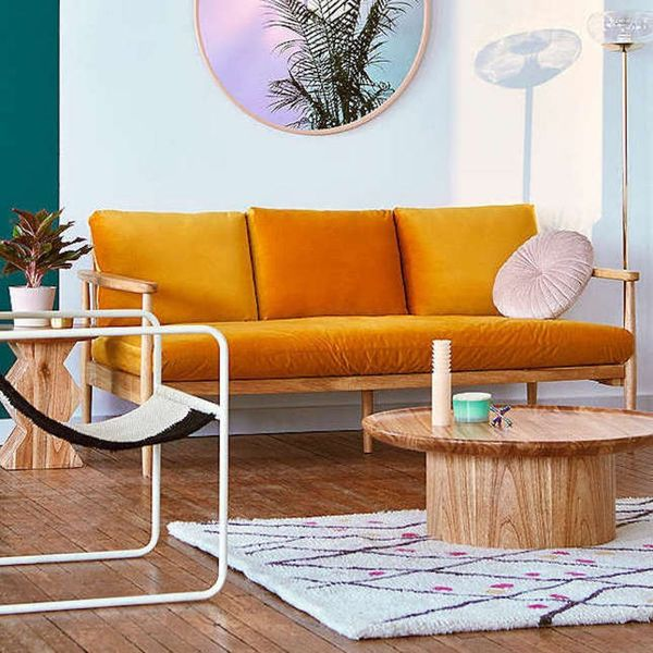 """16 Ways to Incorporate Pantone's """"Resourceful"""" Palette into Your Home"""
