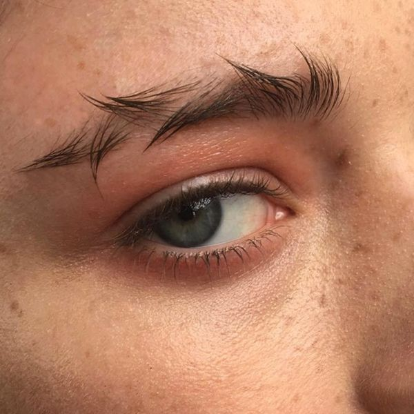 Barbed-Wire Brows Have Replaced Feather Arches As the Weirdest Instagram Beauty Trend