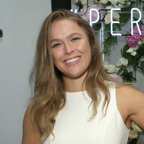 Morning Buzz! Ronda Rousey Reveals She's Engaged by Casually Showing off Her Gorgeous Diamond + More