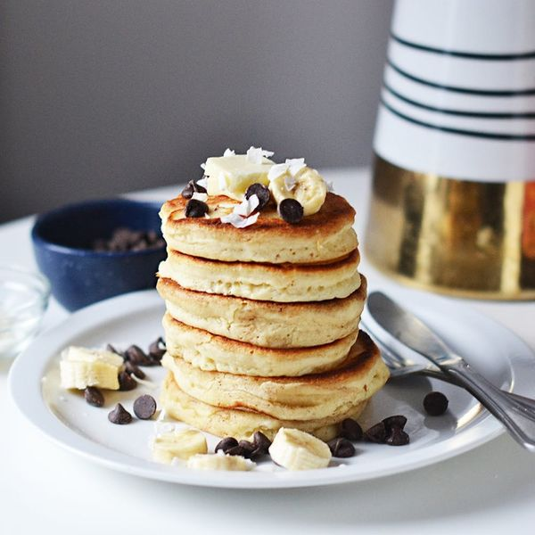 This Fluffy AF Pancakes Recipe Have Mom's Stamp of Approval