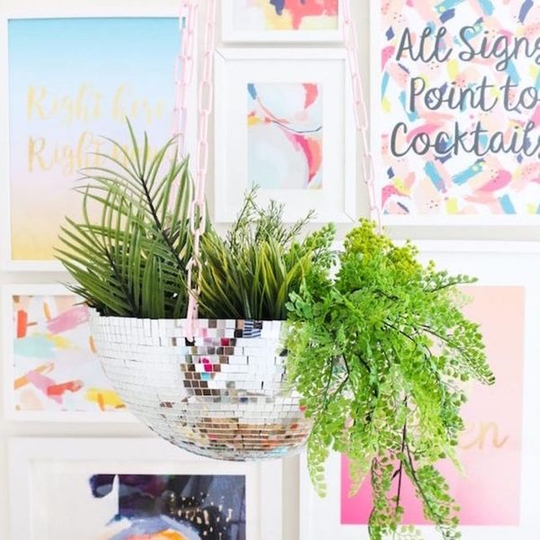 Bring on Easter Weekend With Snapchat Eggs, Disco Ball Hanging Planters, + More DIYs
