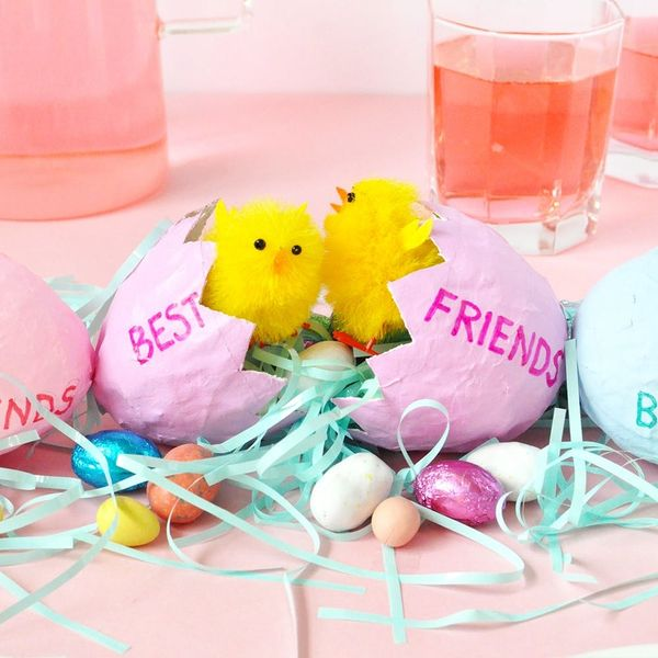 This DIY Easter Centerpiece Doubles As Favors for Your BFFs