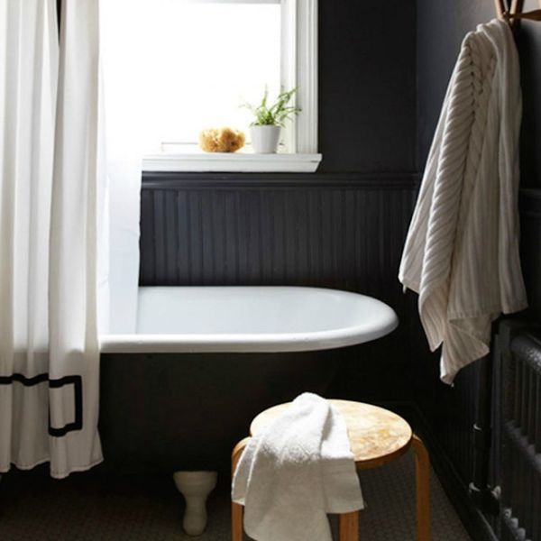 This Bathroom Cleaning Hack Will Make Your Weekend Chores a Breeze