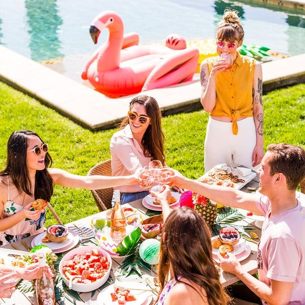 How to Bring Some Serious Summer Vibes to Your Next Outdoor Brunch