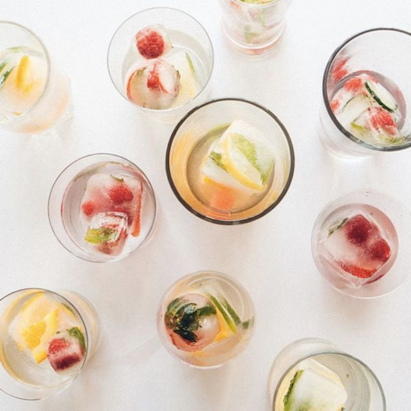 These Fruit-Infused Ice Cubes Are a Complete Hydration Game-Changer